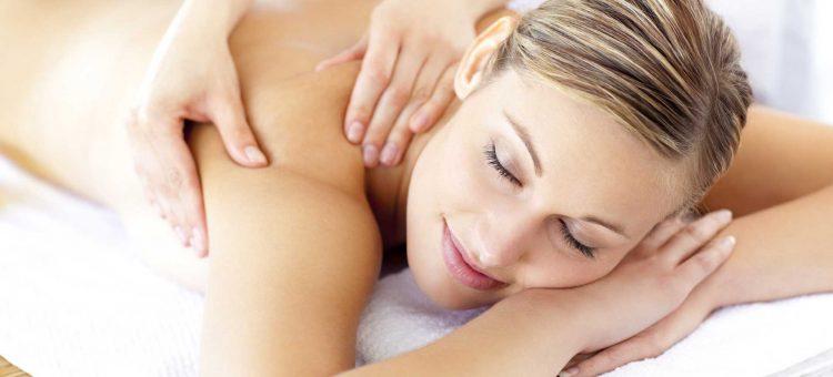 Klassische Massage mit Wärme