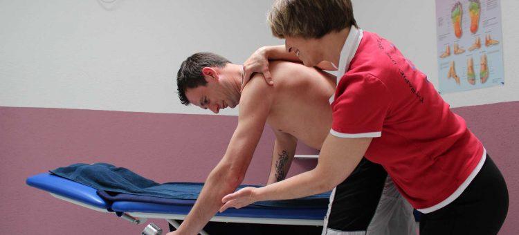 Schulterschmerzen behandeln